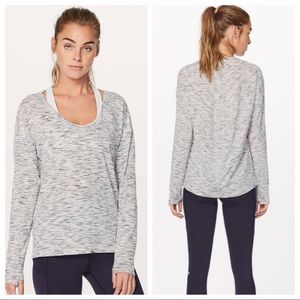 Lululemon NWT Meant To Move Top